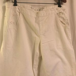 Old navy white pants